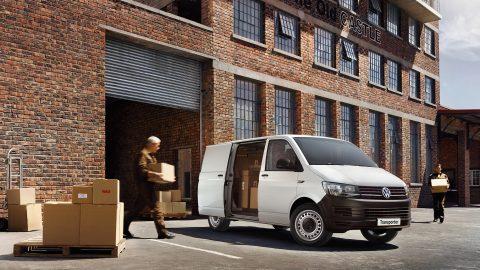 Transporter Panel Van. Powerful. Versatile. Safe.